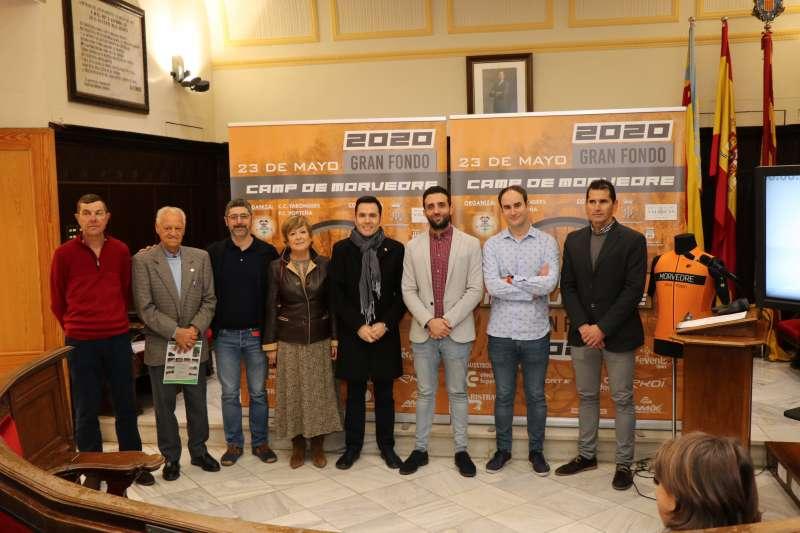 Presentación del Gran fondo de ciclismo en Sagunto.