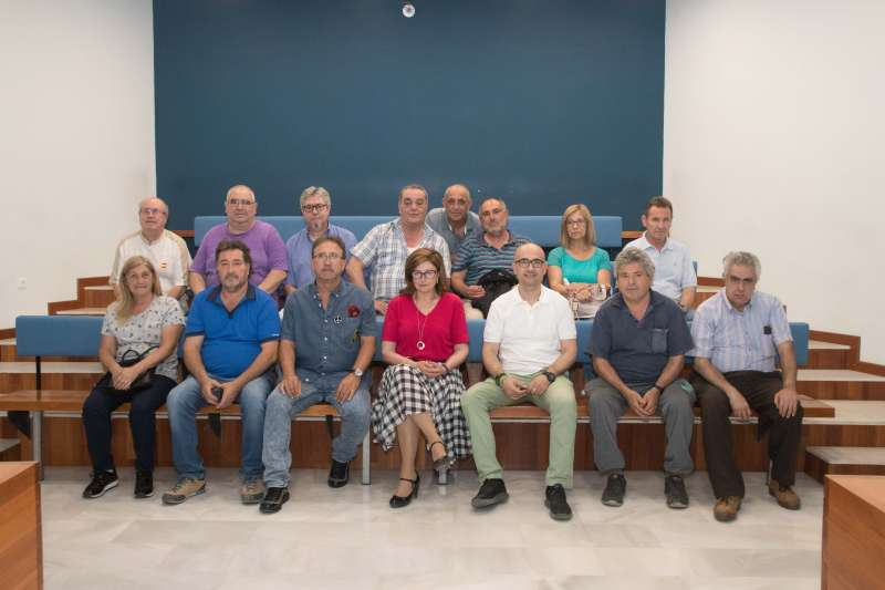 16 persones majors de 55 anys contractades per l