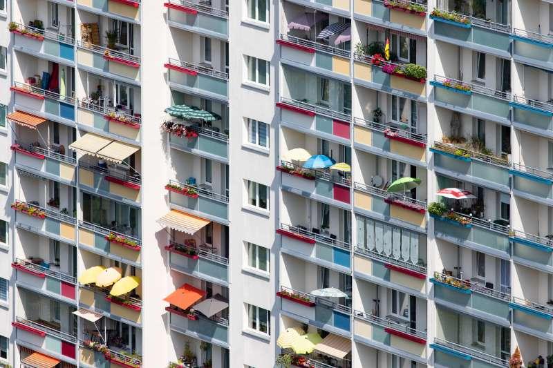 Edificio de apartamentos / EPDA