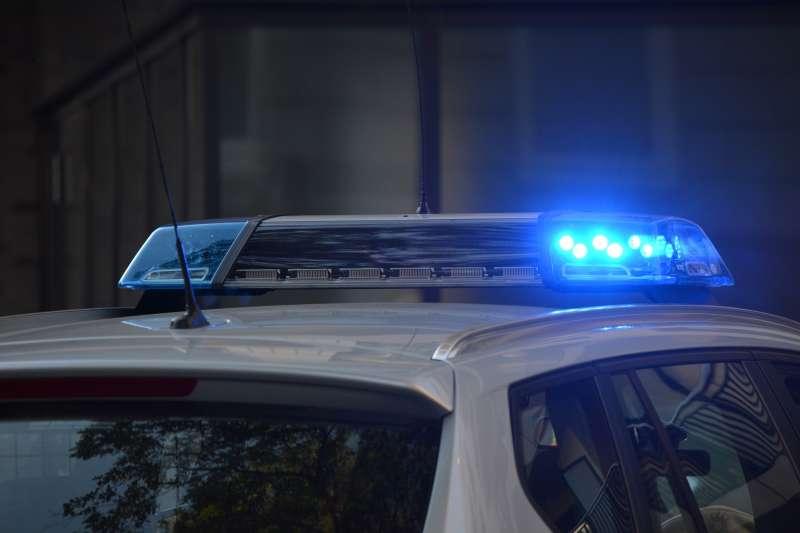 Coche policial en un control. EPDA