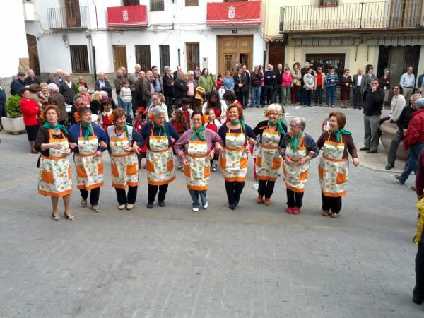 Mujeres en el concurso de Algar de Palancia. EPDA