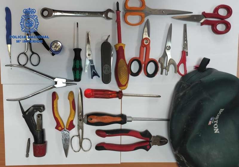 Imagen de los objetos facilitada por la Policía Nacional