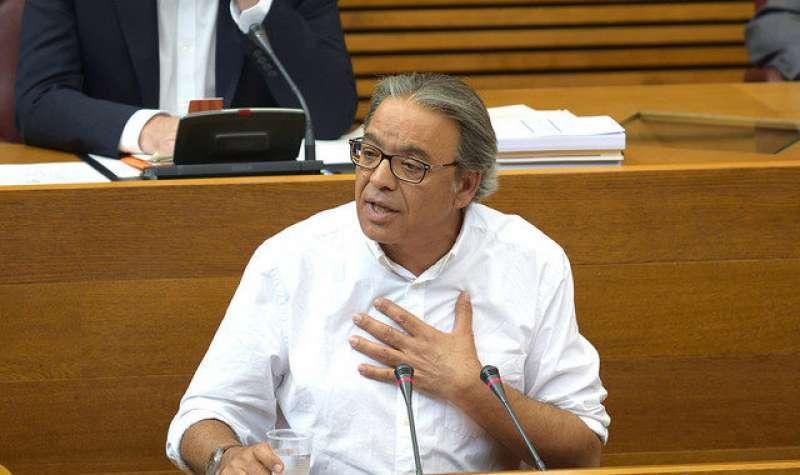 El vicesecretario general del PSPV-PSOE y síndic del grupo parlamentario socialista en Les Corts Valencianes, Manolo Mata. -EPDA