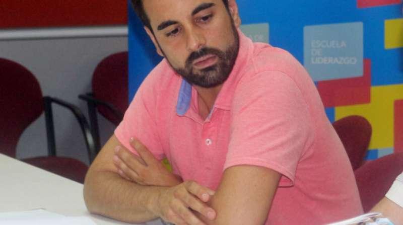 El portaveu socialista d?Economia i Hisenda en Les Corts, José Muñoz