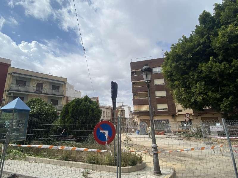 Plazas de parking en la plaza Dos de Mayo 2 de Paterna. EPDA