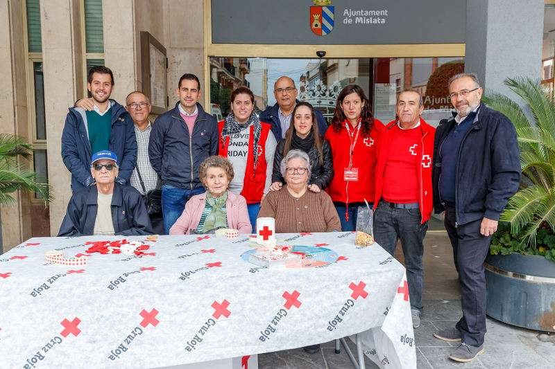 Cruz Roja de Mislata celebra su tradicional Día de la Banderita. EPDA