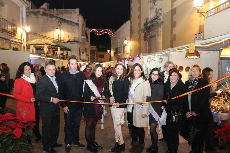 Inauguración de la feria de Navidad de Nàquera. //EPDA