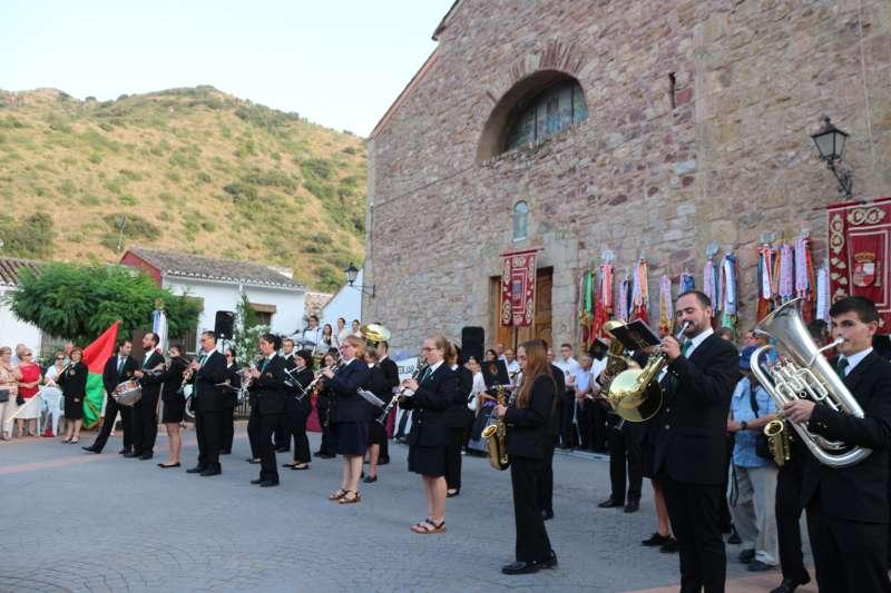 La banda de Almedíjar cerro el desfile