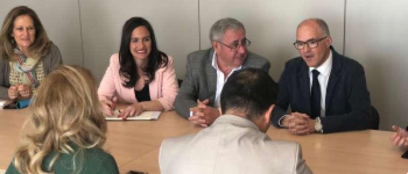 Belén Hoyo, en una reunión de trabajo. EPDA