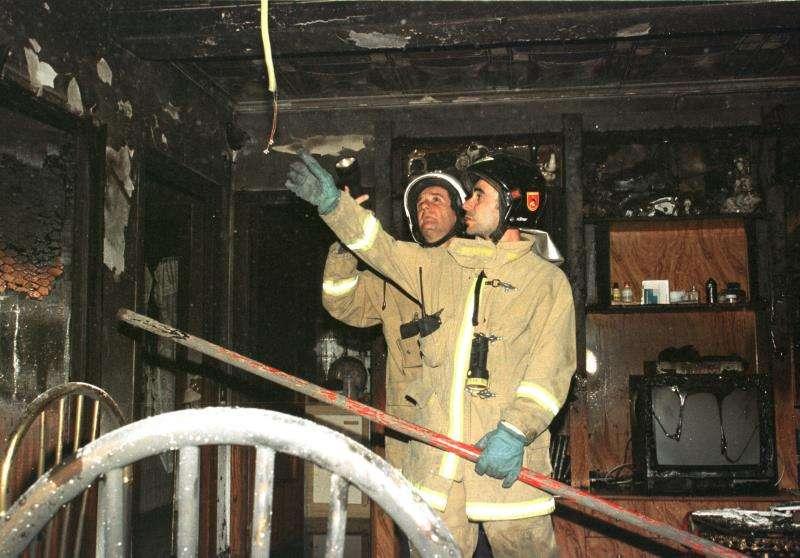 Imagen de un incendio en una vivienda. EFE/Archivo
