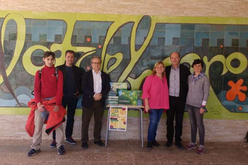 Tres institutos de Sagunt participan en el Concurs Scrabble en valencià