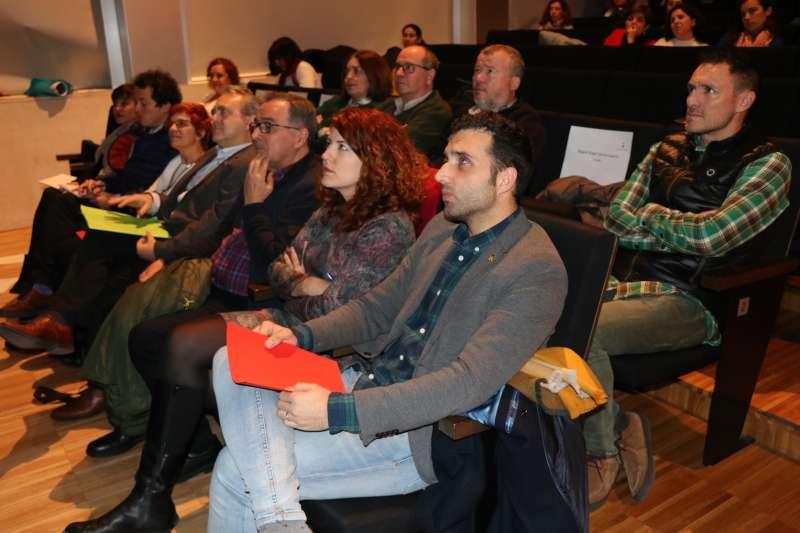 El alcalde de Sagunto, Daría Moreno, acompañado de concejales de la Corporación Municipal.