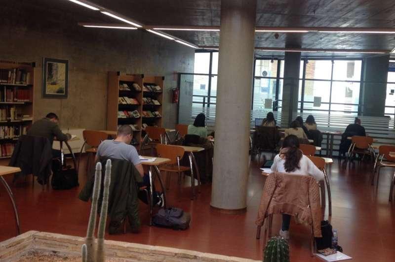 Sala Biblioteca la Cova Paterna.