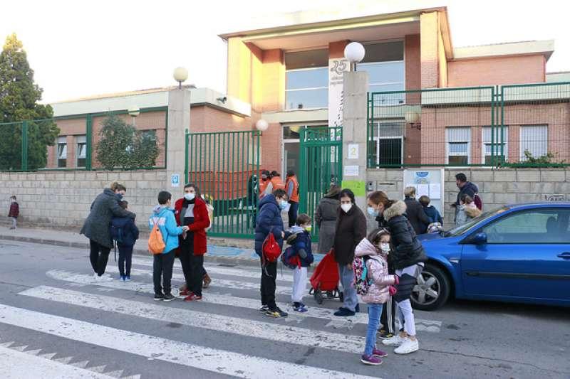 Entrada al colegio Bisbe Hervàs de Puçol. EPDA