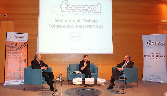La Consellera Català en uno de los encuentros de FECEVAL