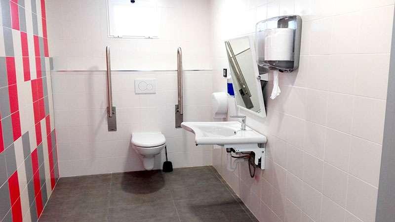 Las nuevas instalaciones incluyen servicios adaptados para personas con movilidad reducida. EPDA.