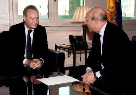 El President de la Generalitat reunido con el Ministerio de Educación. Foto EPDA