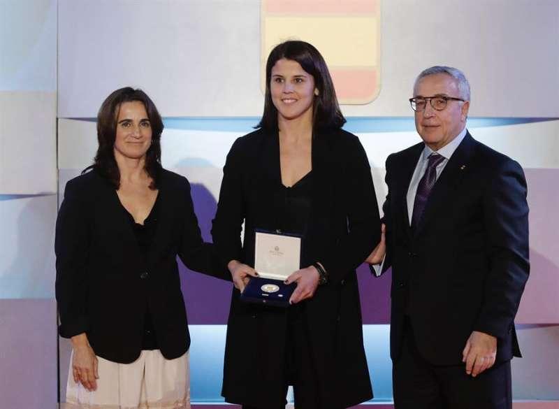 La vicepresidenta primera del COE, Isabel Fernández, en la gala anual del Comité Olímpico Español celebrada esta tarde en Madrid. EFE/J.P.Gandul