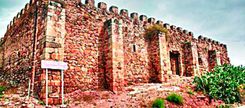 El Castillo de Petrés, uno de los tres monumentos incluidos en la Lista Roja. EPDA