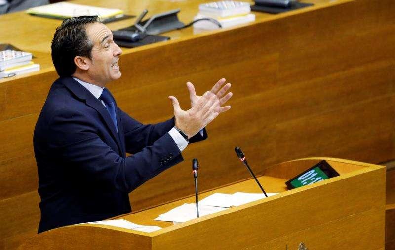 El diputado popular Rubén Ibañez durante una intervención en Les Corts. EFE/Archivo