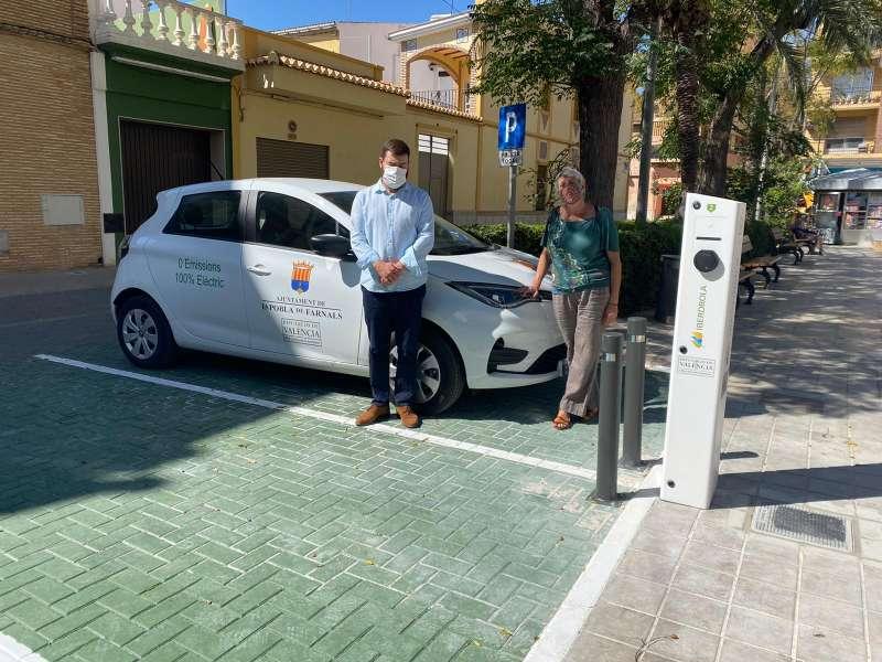 Nou vehicle elèctric de La Pobla. EPDA