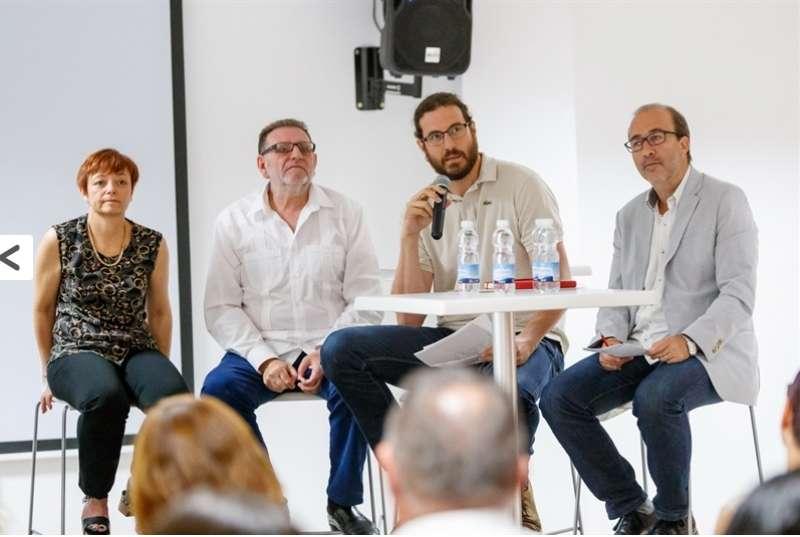 El concejal de Juventud del Ayuntamiento de Sagunt en las II Jornadas Técnicas Ciudades Amigas de la Infancia. EPDA