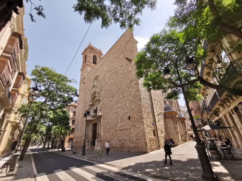 Iglesia de San Martín. B. BUENO