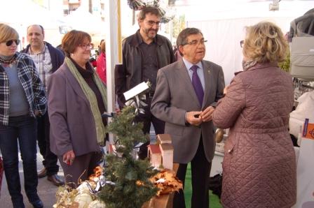 José Villalba en su visita a la Feria. FOTO: EPDA