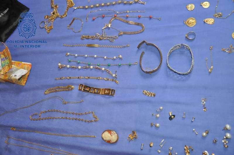 Piezas de joyería recuperadas