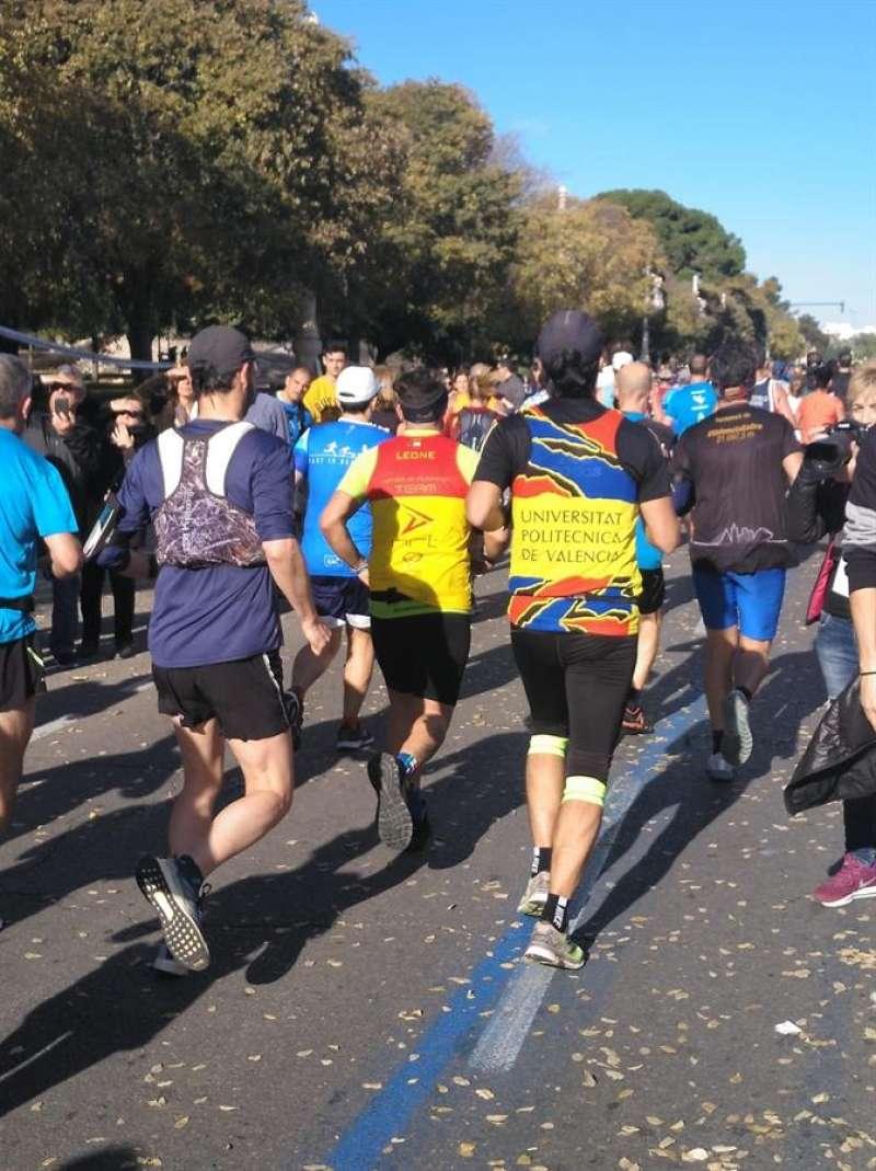 Corredores en la maratón del año pasado, en una imagen de la UPV.EFE