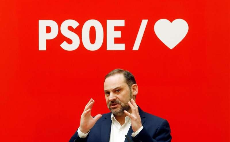 El secretario de Organización del PSOE y exministro de Fomento, en un acto en Valencia.