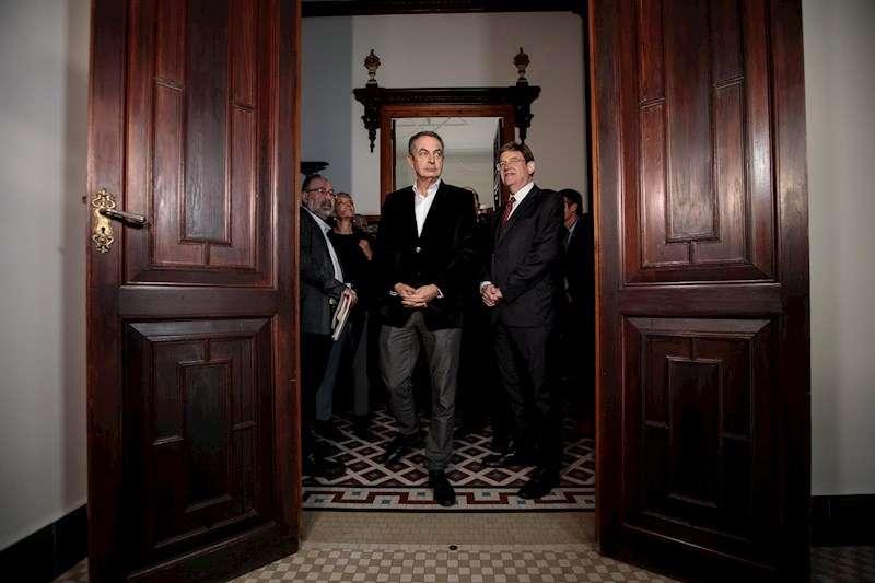 El president de la Generalitat, Ximo Puig, y el expresidente del Gobierno José Luis Rodríguez Zapatero. EFE