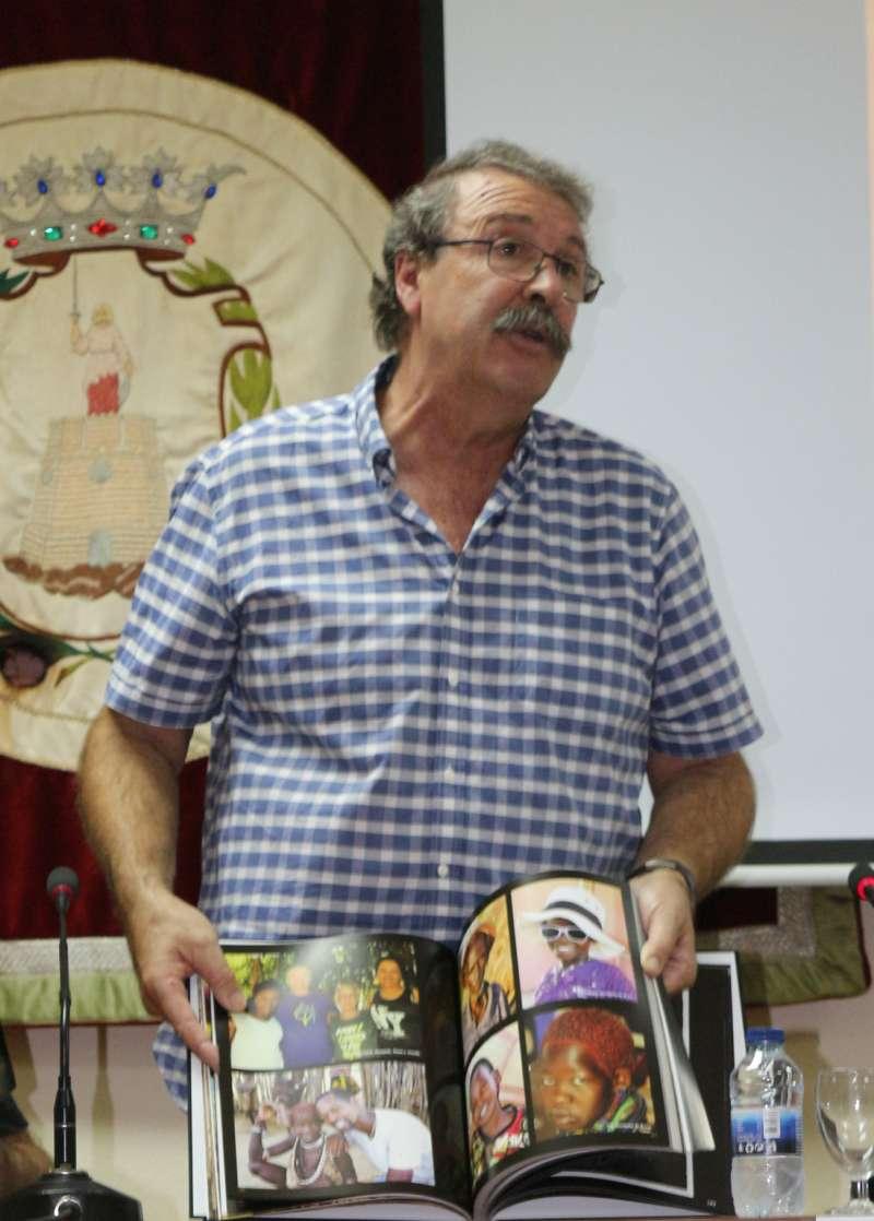 Alberto Usó en la presentación de su libro