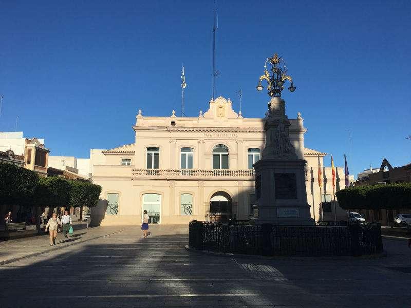 Plaza del Ayuntamiento de Alfafar. EPDA