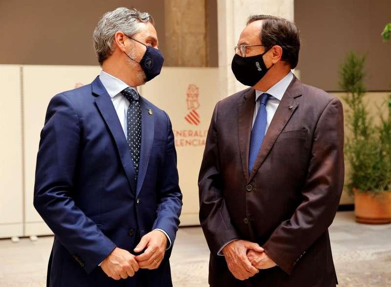 El conseller de Hacienda, Vicent Soler, y el consejero de Hacienda y Financiación Europea de la Junta de Andalucía, Juan Bravo