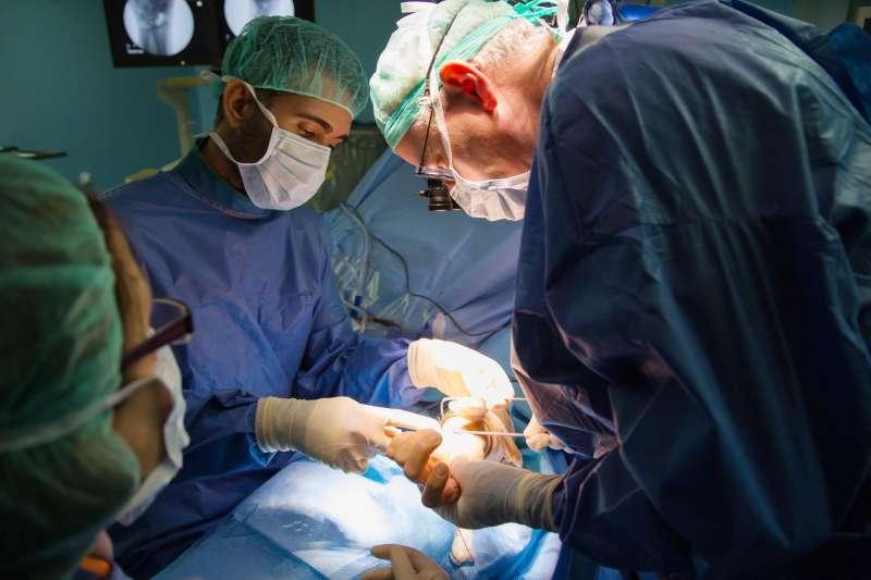 Momento de la cirugía. EPDA