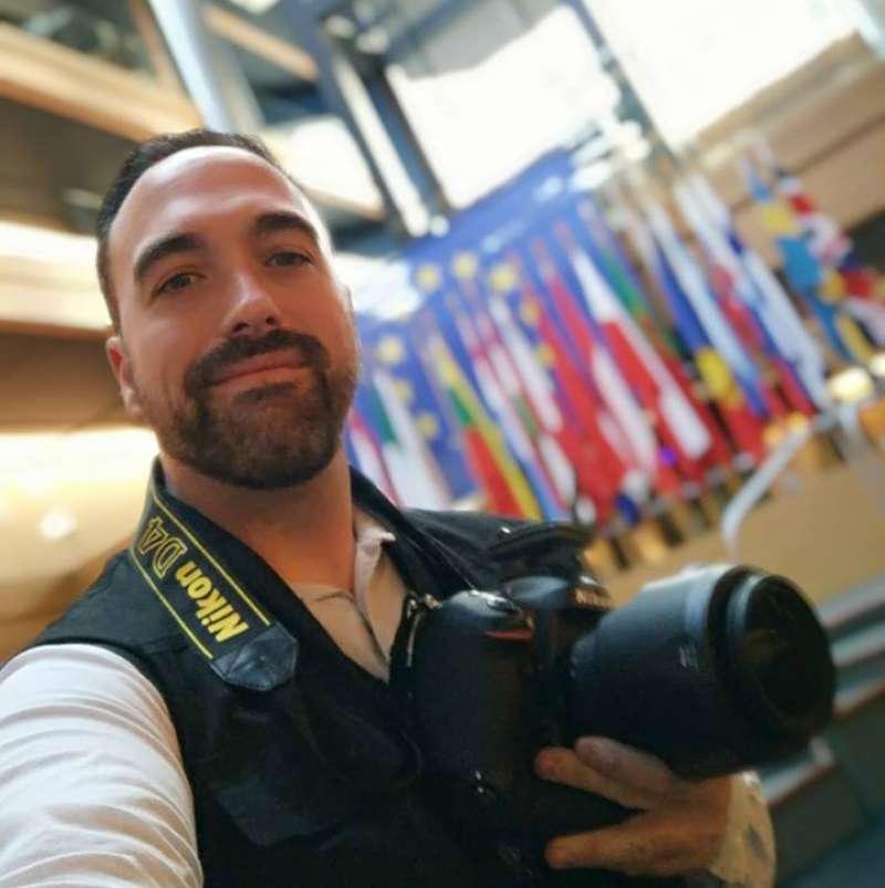 El periodista de Port de Sagunt Paco Quiles en el Parlamento Europeo. EPDA