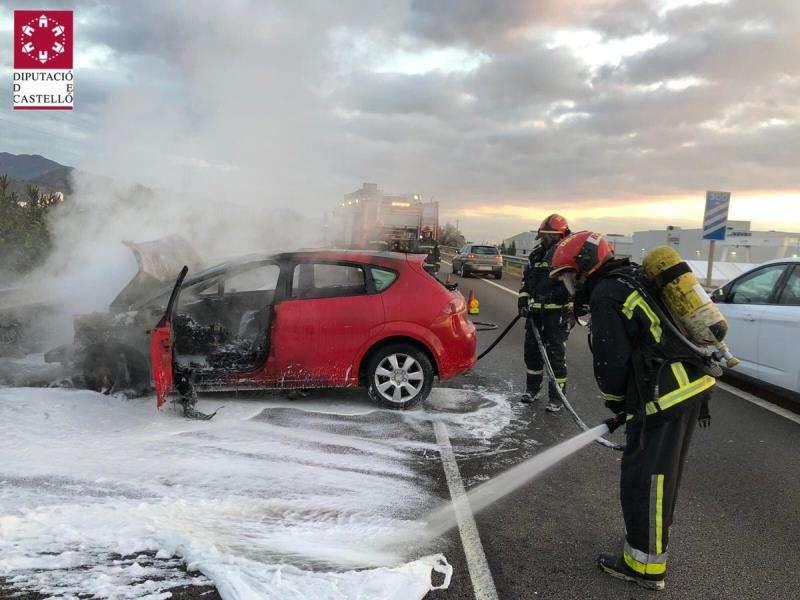 Foto cedida por el Consorcio Provincial de Bomberos de Castellón del accidente múltiple de la vall d
