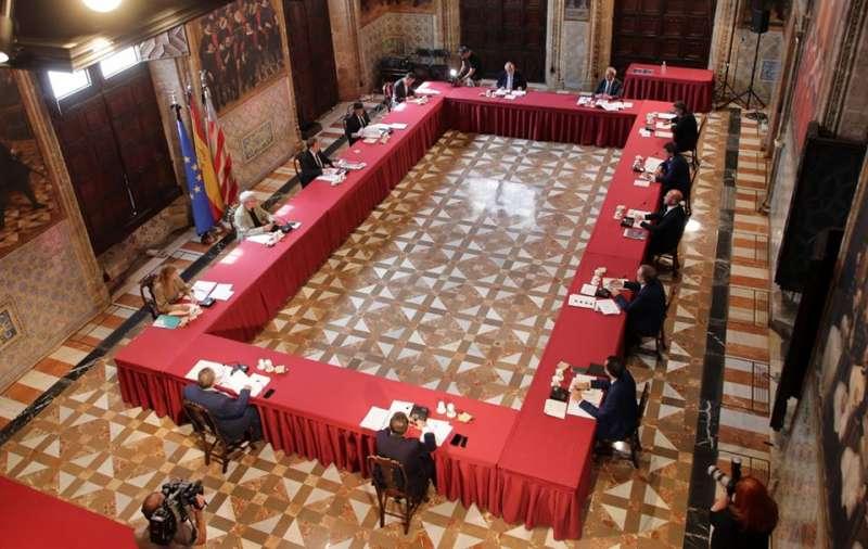 Reunión en el Palacio de la Generalitat