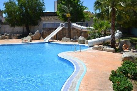 Aldaia el polideportivo municipal de aldaia abre la piscina l dica para el verano - Piscina de valdemoro ...