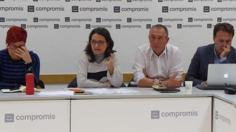 Imagen cedida por Comrpomís de la reunión de la ejecutiva del partido para analizar los resultados de las elecciones generales del 10N