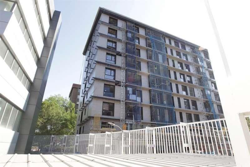 Un bloque de viviendas en València. EPDA