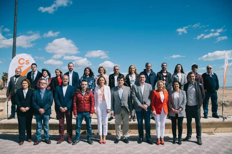 Foto grupo candidatura municipal de Ciudadanos