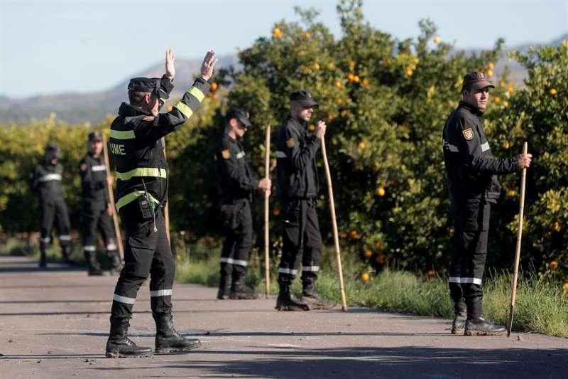 Las labores de búsqueda del cuerpo de la joven Marta Calvo se han reanudado este lunes por el municipio valenciano de Manuel y en los alrededores.EFE/Kai Försterling
