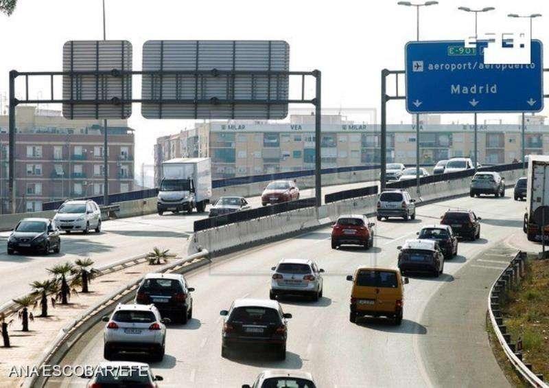 Vista de la A-3 a la salida de València durante la última jornada de la operación especial de tráfico