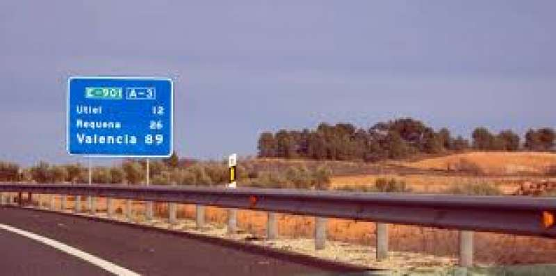 Carretera de València a Utiel y Requena./epda