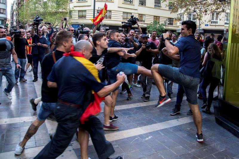 Enfrentamientos en la manifestación de entidades de izquierda y nacionalista del 9 d