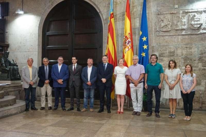 Representantes del área metropolitana de Valencia y el cap i casal. FOTO EPDA