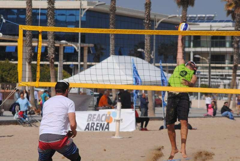 Campeonato de vóley playa en la Patacona de Alboraya. EPDA