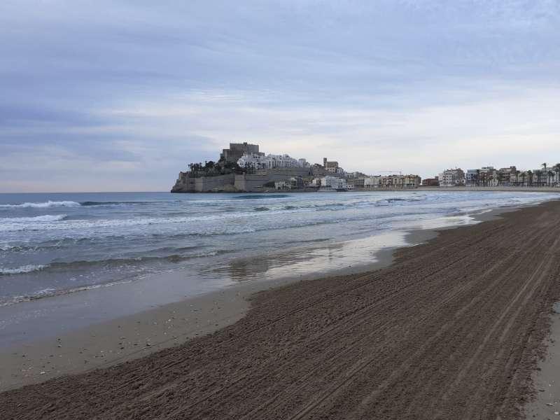 Neteja de platges de Peníscola